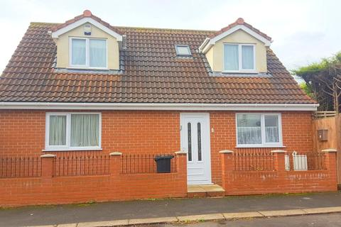 2 bedroom detached house for sale - Cranleigh Road, Whitchurch, Bristol, BS14