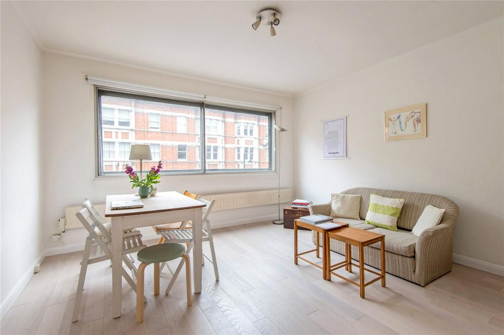 1 Bedroom Flat for sale in Southampton Row, WC1B