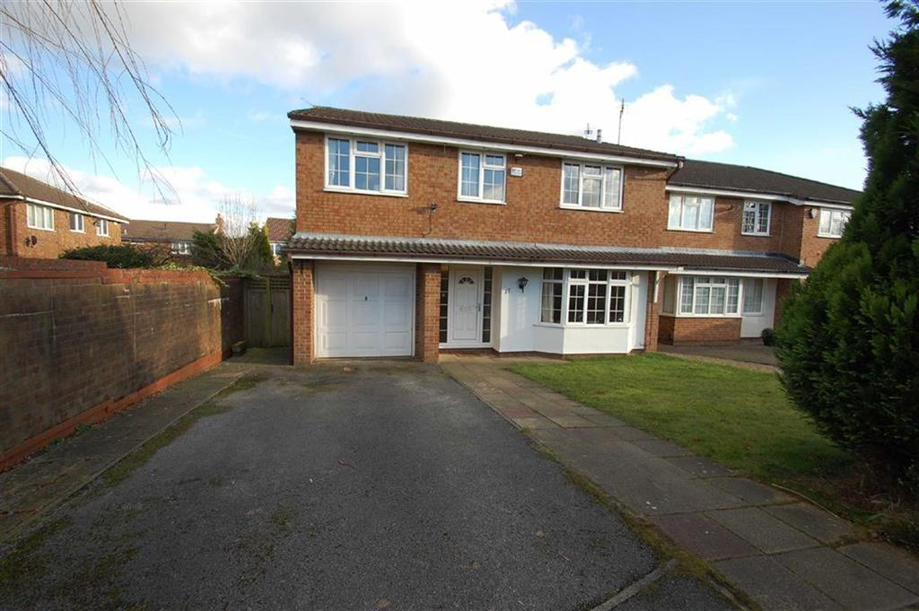 4 Bedrooms Detached House for sale in Lyncombe Close, Cheadle Hulme, Cheshire