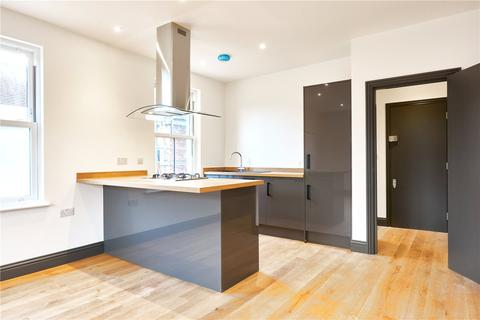 2 bedroom flat for sale - Buxton Gardens, London, W3