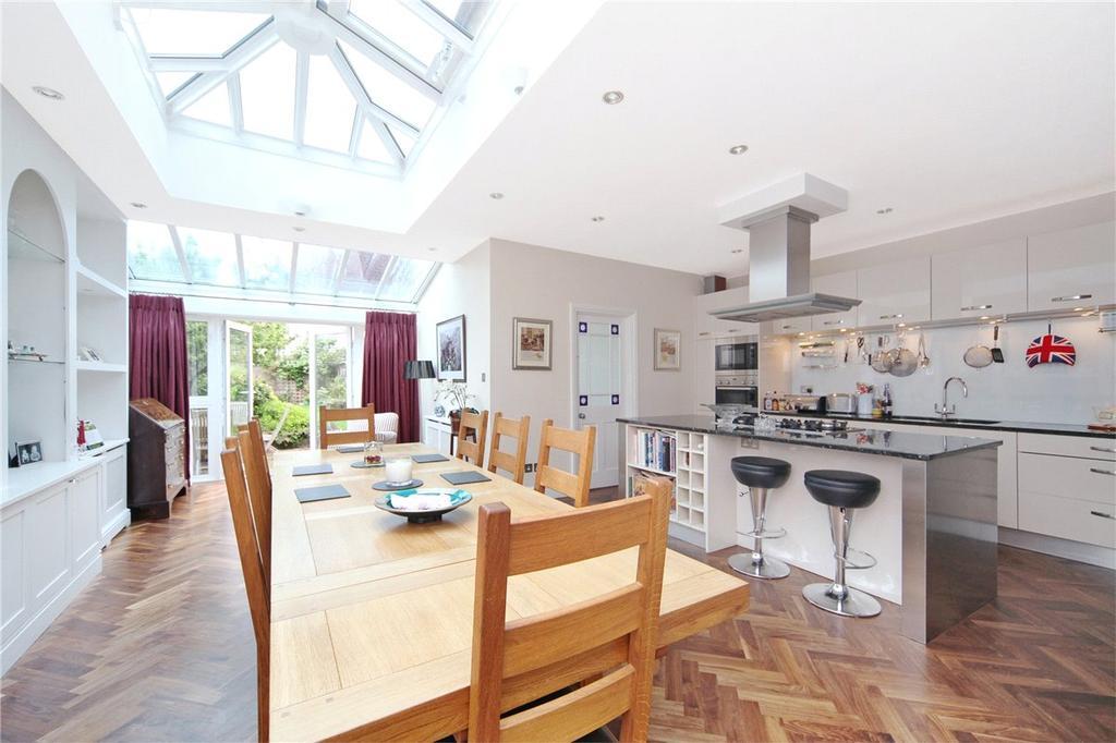 5 Bedrooms Terraced House for sale in Ellerton Road, London, SW18