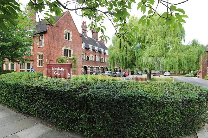 2 Bedrooms Apartment Flat for sale in Meadway Court, Hampstead Garden Suburb