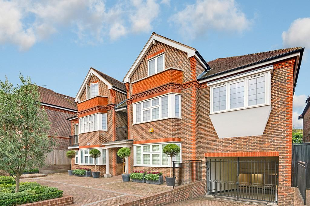 2 Bedrooms Apartment Flat for sale in Regal House, Golders Green / Temple Fortune