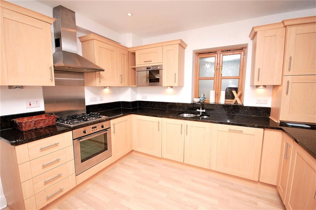 2 Bedrooms House for sale in Gabriel Mews, 18 Hutton Road, Shenfield, Brentwood, CM15