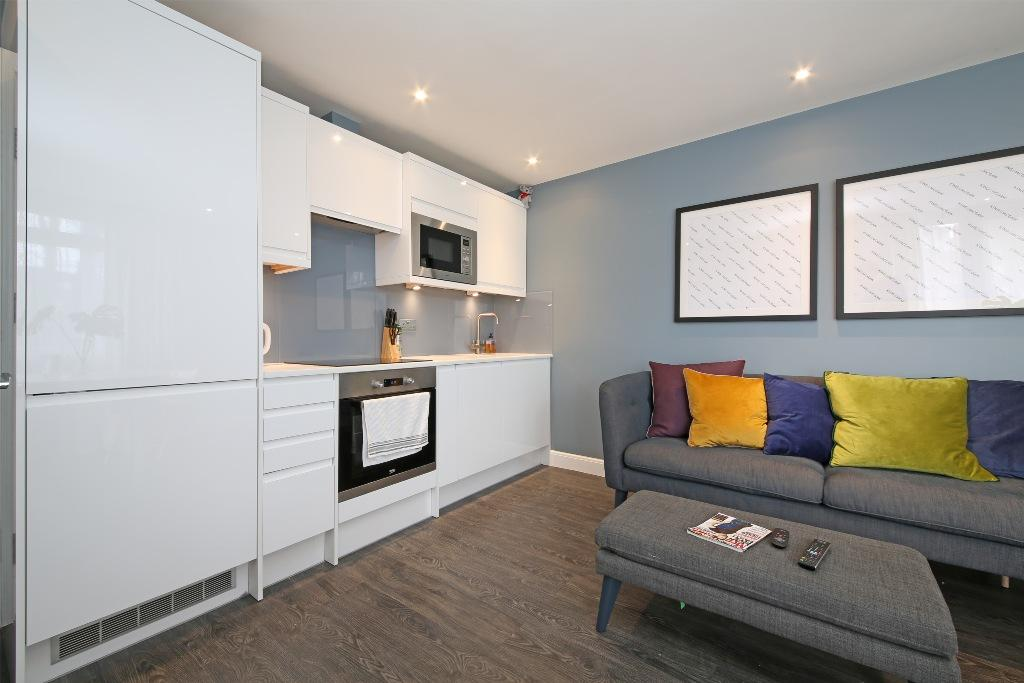 2 Bedrooms Flat for sale in Baly house, Streatham Hill SW2