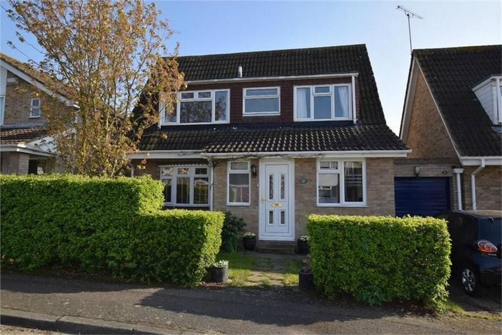 3 Bedrooms Detached House for sale in Matfield Close, CHELMSFORD, Essex