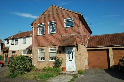 3 bedroom detached house for sale - Clarence Close, CHELMSFORD, Essex
