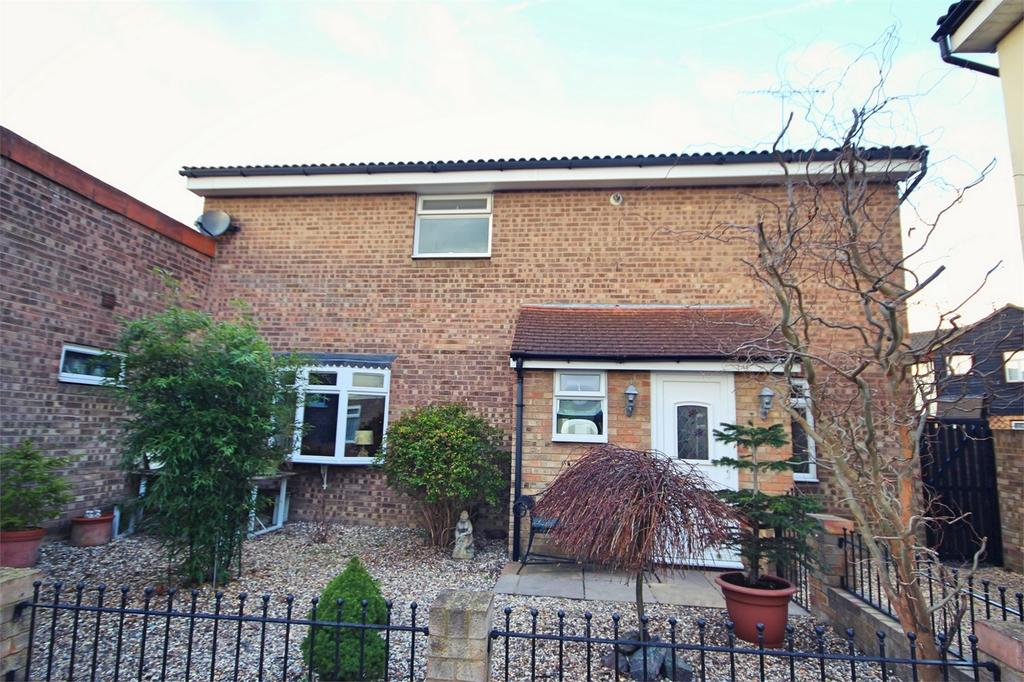 4 Bedrooms Link Detached House for sale in Littell Tweed, CHELMSFORD, Essex