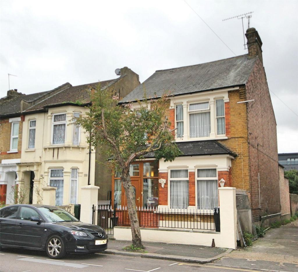 4 Bedrooms Detached House for sale in Dawlish Road, LONDON