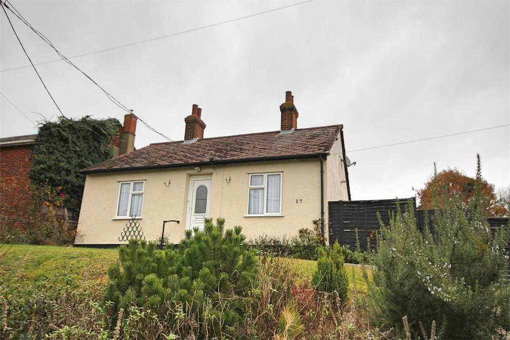 2 Bedrooms Detached Bungalow for sale in Brook Hill, Little Waltham, CHELMSFORD, Essex