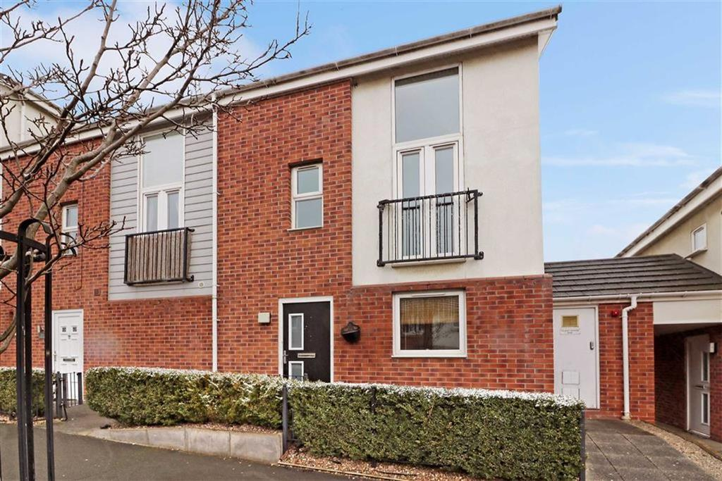 2 Bedrooms Flat for sale in Topgate Drive, Hanley, Stoke-on-Trent