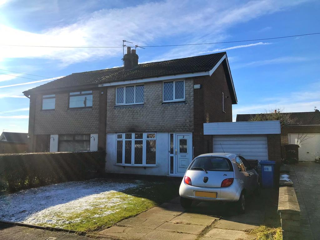 3 Bedrooms Semi Detached House for sale in Cotswold Crescent, Milnrow, Rochdale, Lancashire OL16