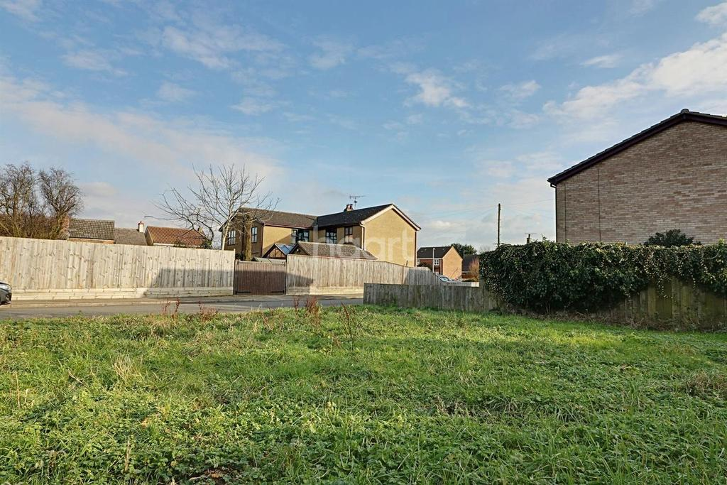 Land Commercial for sale in Manea