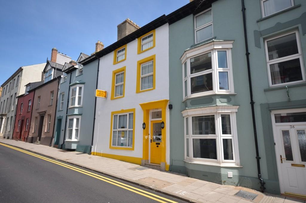 9 Bedrooms Terraced House for sale in Bridge Street, ABERYSTWYTH