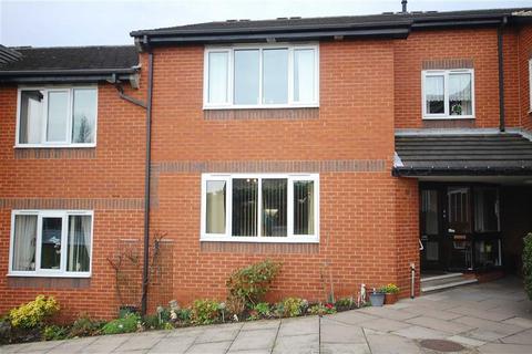 2 bedroom apartment for sale - Grangefield Court, Garforth, Leeds, LS25