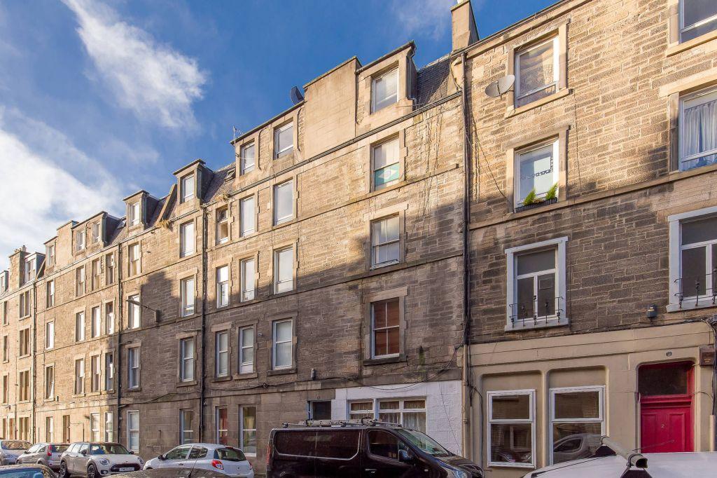 1 Bedroom Flat for sale in 8/9 Pirrie Street, Edinburgh, EH6 5HY