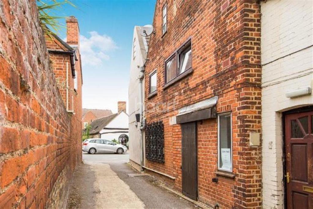 1 Bedroom Flat for sale in High Street, Buckden