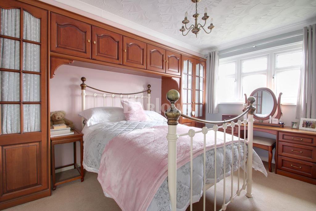 3 Bedrooms Semi Detached House for sale in Heol Seddon, Danescourt, Llandaff