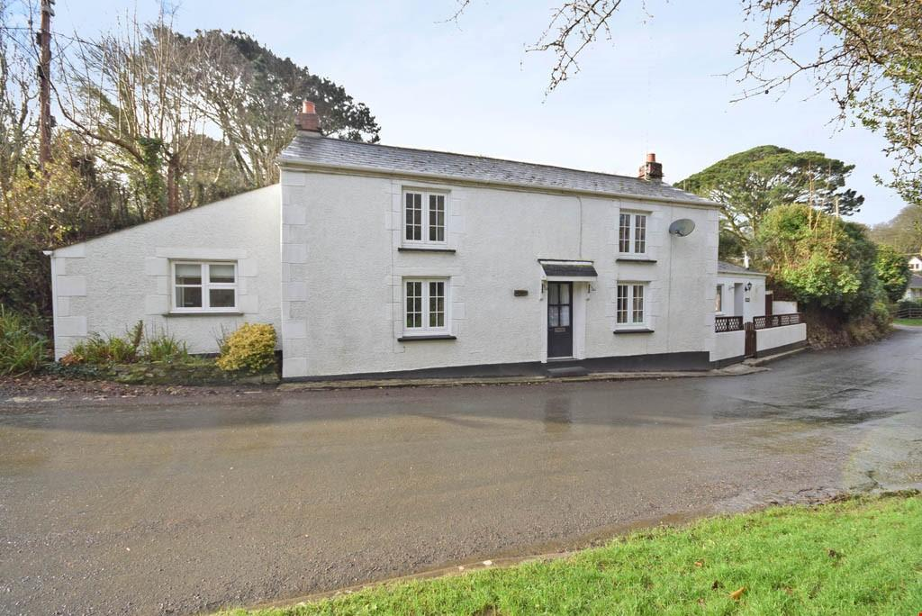 3 Bedrooms Detached House for sale in Idless, Nr.Truro, Cornwall, TR4