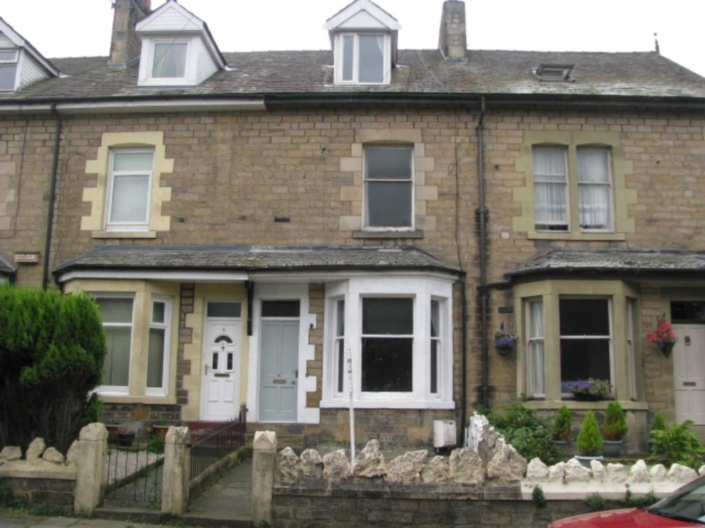 4 Bedrooms Terraced House for sale in Milking Stile Lane, Lancaster