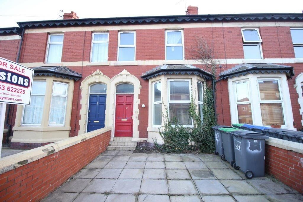 4 Bedrooms Terraced House for sale in Chesterfield Road, Blackpool