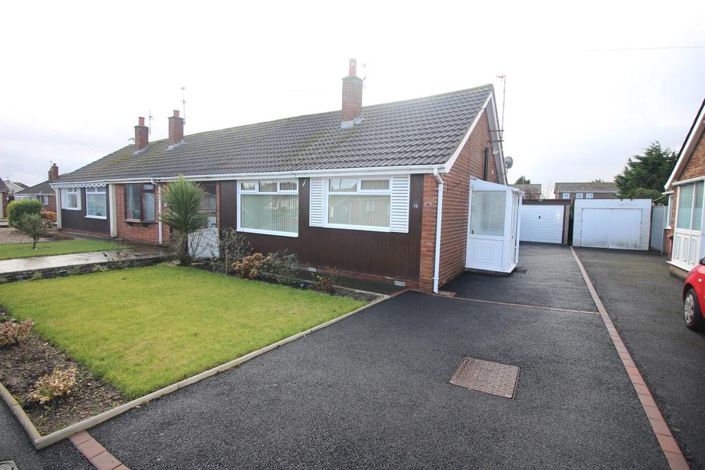 2 Bedrooms Terraced Bungalow for sale in Greenfield Road, Thornton-Cleveleys