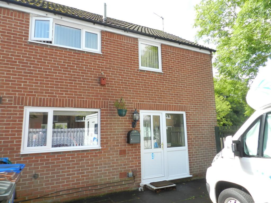 2 Bedrooms Semi Detached House for sale in Brow Hey, Bamber Bridge
