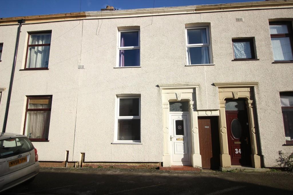 3 Bedrooms Terraced House for sale in Calverley Street, Preston
