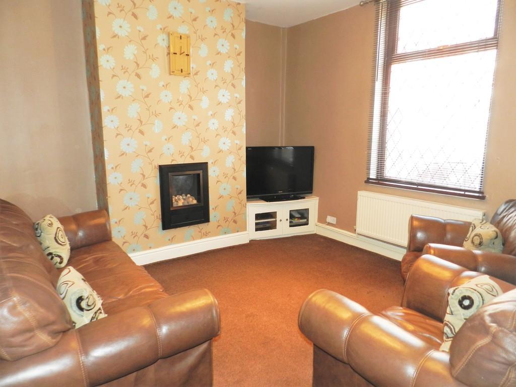 3 Bedrooms Terraced House for sale in Suffolk Road, Preston