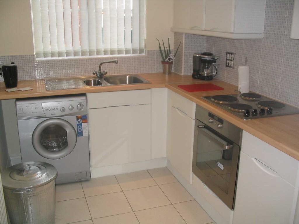 2 Bedrooms Flat for sale in Firbank, Preston