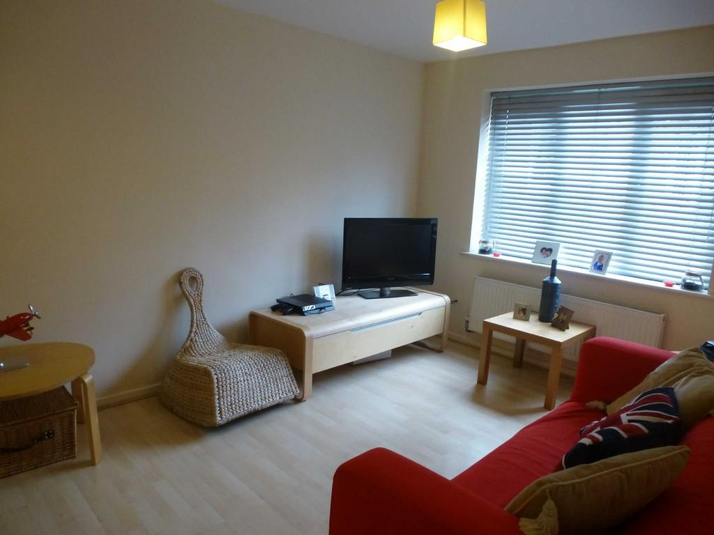 2 Bedrooms Apartment Flat for sale in Royal Drive, Preston