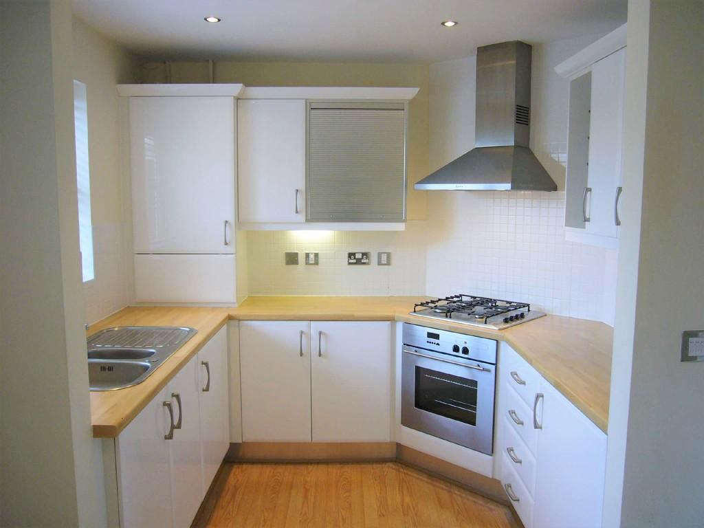 2 Bedrooms Apartment Flat for sale in Forsythia Drive, Preston
