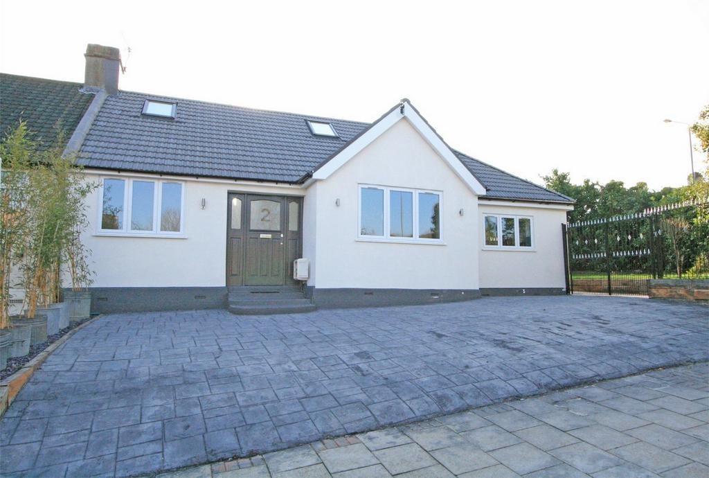 4 Bedrooms Semi Detached Bungalow for sale in Ridgeway Drive, Bromley, Kent