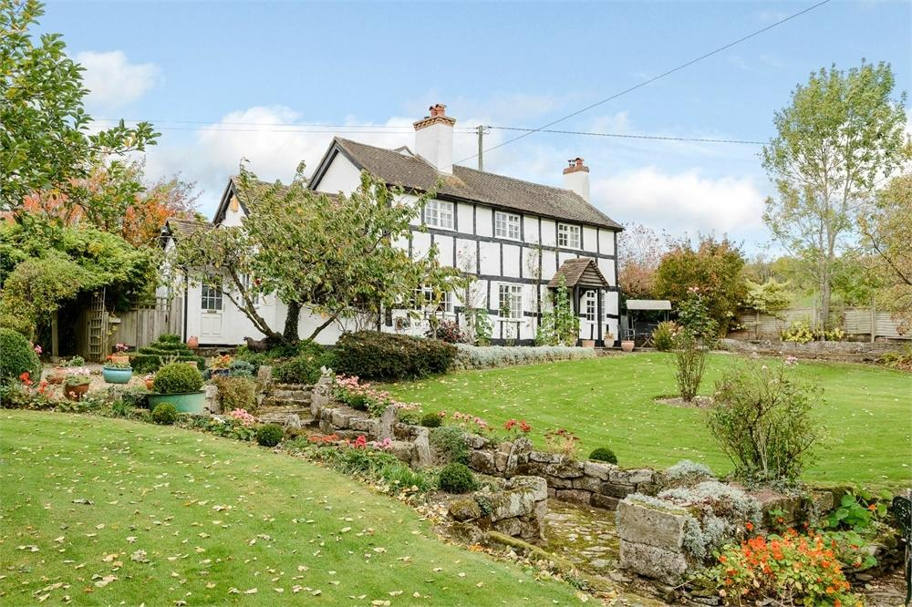 4 Bedrooms Detached House for sale in Sutton St Nicholas, Herefordshire