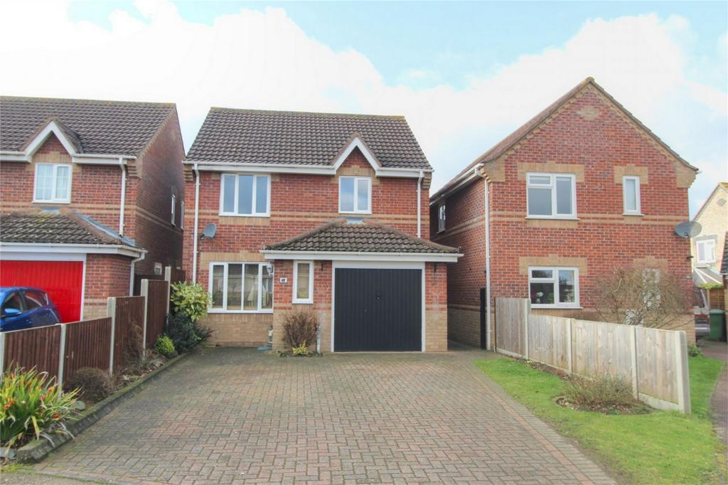 3 Bedrooms Detached House for sale in Lavender Close, ATTLEBOROUGH, Norfolk