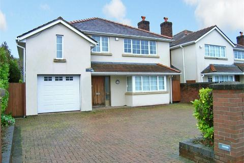 4 bedroom detached house to rent - St Edeyrns Road, Cyncoed, Cardiff