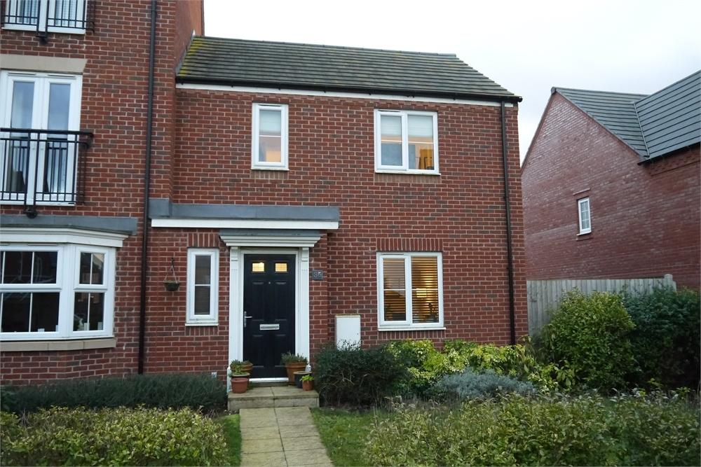 2 Bedrooms Semi Detached House for sale in Angell Drive, Market Harborough, Leicestershire