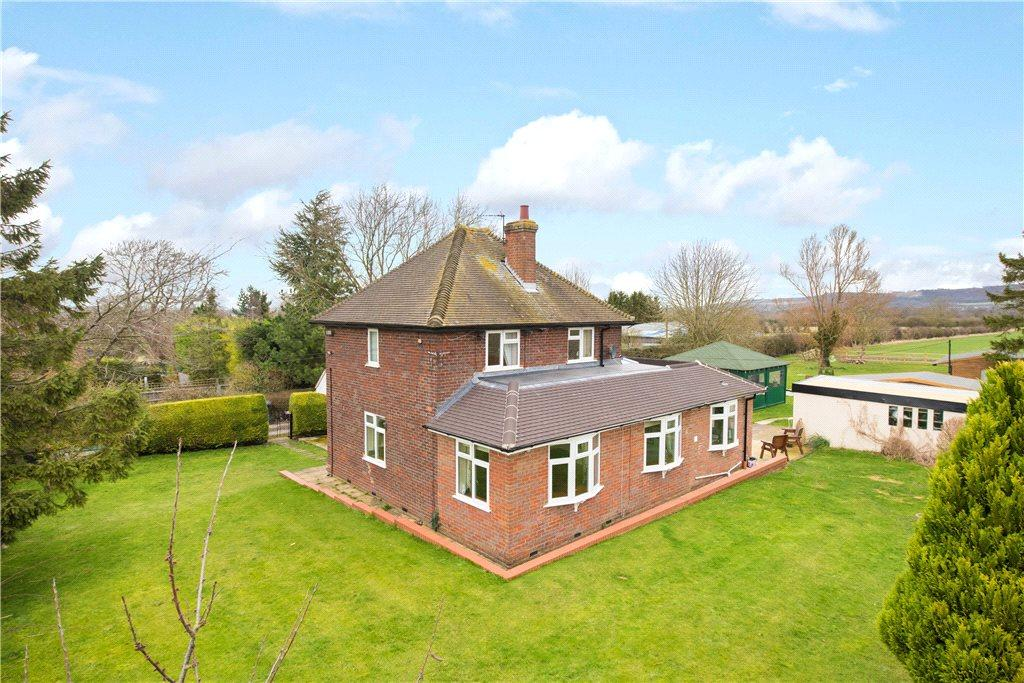 3 Bedrooms Unique Property for sale in Perry Lane, Bledlow, Princes Risborough, Buckinghamshire