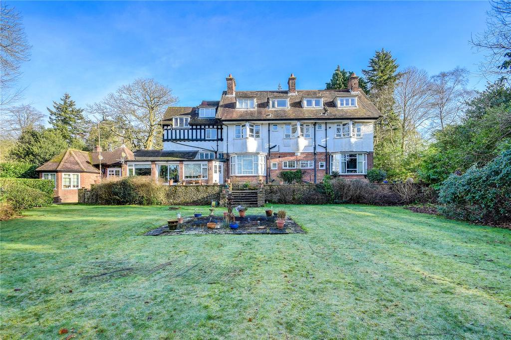 Flat for sale in Brambledown, Tower Road, Hindhead, Surrey