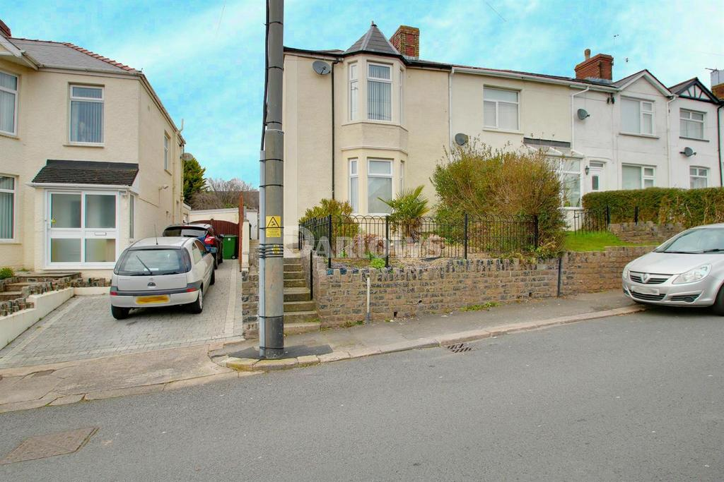 2 Bedrooms Flat for sale in Ty Fry Road, Rumney, Cardiff