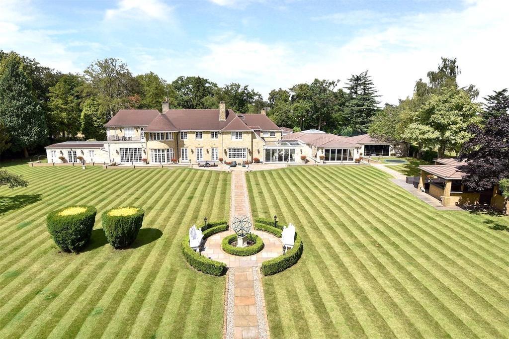 6 Bedrooms Detached House for sale in Brockhurst Park, Rickmans Lane, Stoke Poges, SL2