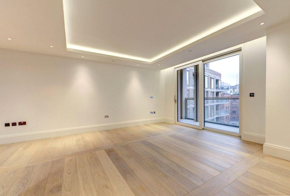 2 Bedrooms Flat for sale in Savoy House, 190 Strand, London, WC2R