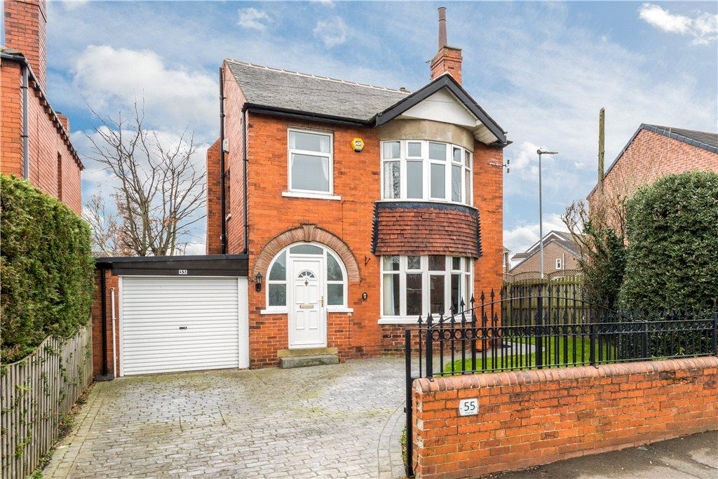 3 Bedrooms Detached House for sale in Kingsway, Ossett, West Yorkshire