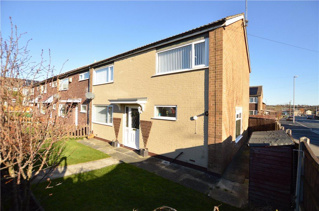 4 Bedrooms Terraced House for sale in Brayton Garth, Leeds