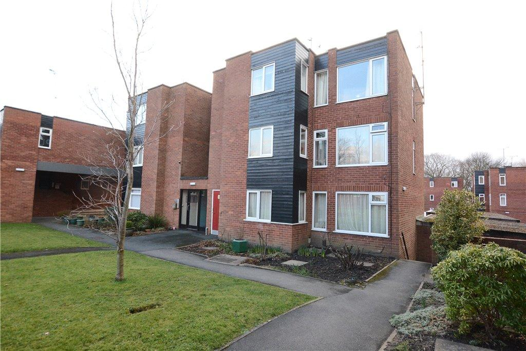 2 Bedrooms Apartment Flat for sale in Blackmoor Court, Leeds, West Yorkshire