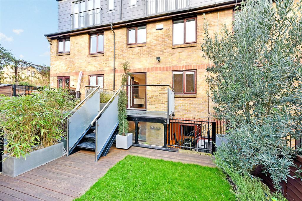 4 Bedrooms Terraced House for sale in Portland Square, Wapping, London, E1W