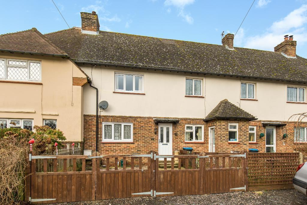 3 Bedrooms Terraced House for sale in Lusted Hall Lane, Tatsfield, Kent, TN16 2AE