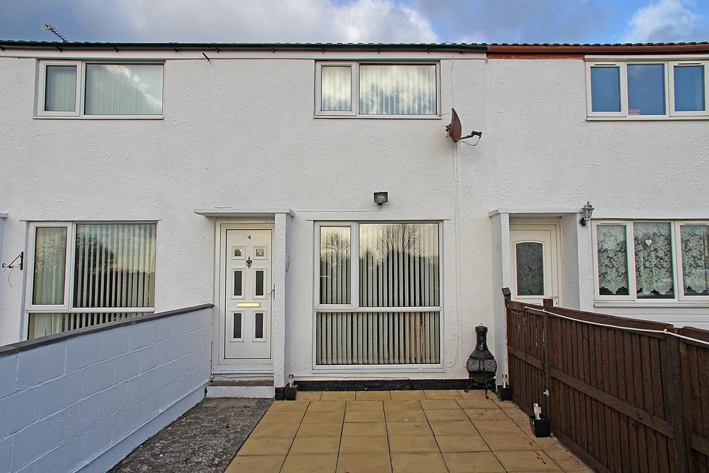 2 Bedrooms Terraced House for sale in Tyn Y Cwrt Estate, Brynsiencyn, North Wales
