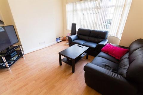 3 bedroom house to rent - Derwentwater Terrace, Headingley, LS6 3JL