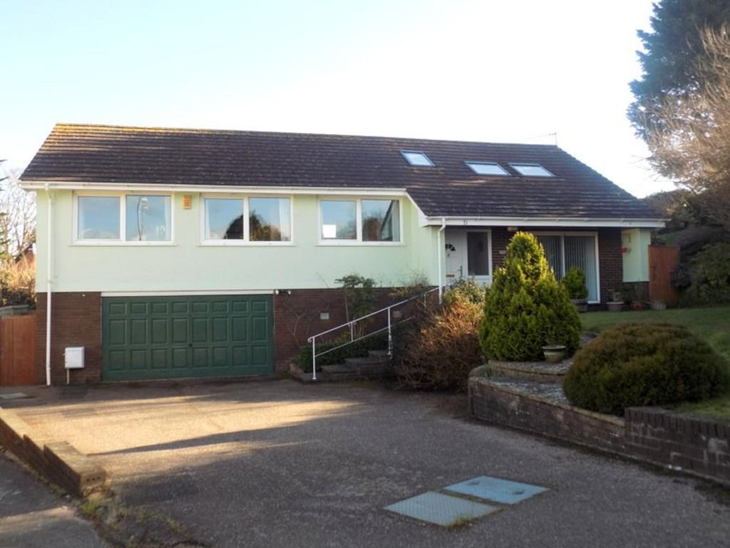 4 Bedrooms Detached House for sale in Chichester Close, Exmouth